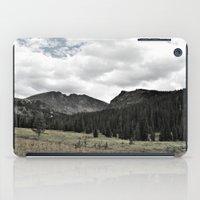 twin peaks iPad Cases featuring Twin Peaks by bearbon