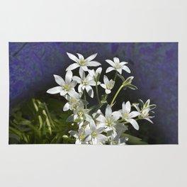 White 6 Petal Star Wildflowers Rug