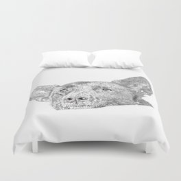 Mitzi takes it easy Duvet Cover