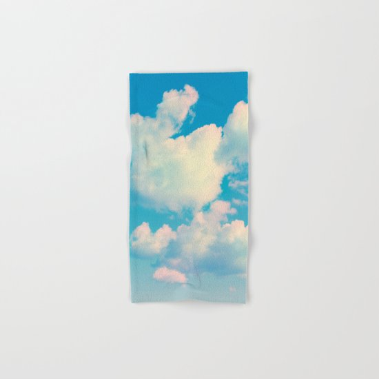 The Colour of Clouds 04 Hand & Bath Towel
