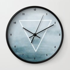 Effervescent in the Pure of Water Wall Clock
