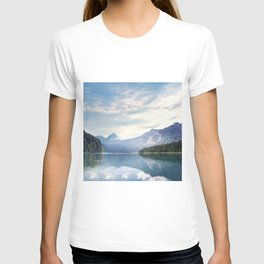 Wanderlust - Mountains, Lake, Forest T-shirt