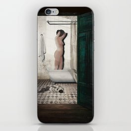 Bathtub iPhone Skin