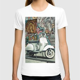 Vespa Chariot T-shirt