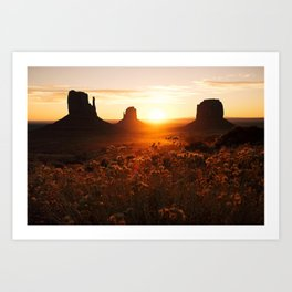 Sunrise in Monument Valley Art Print