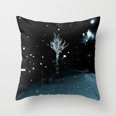 WHITEOUT : Wintree Throw Pillow