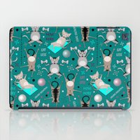 fitness iPad Cases featuring Fitness for cats by Vannina