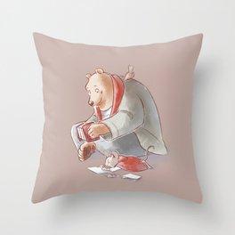 Ernest et Celestine Throw Pillow