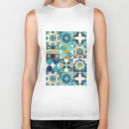 Spanish moroccan tiles inspiration // turquoise blue golden lines Biker Tank