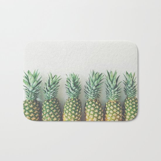 It's All About the Pineapple Bath Mat