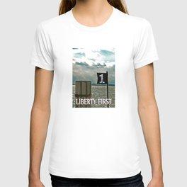 LIBERTY FIRST - High T-shirt