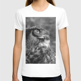 The Gaze by Teresa Thompson T-shirt