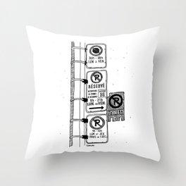 Montréal - Parking Hell - Black Throw Pillow