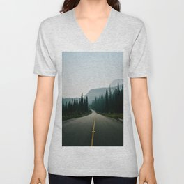 Road trip to the mountains Unisex V-Neck