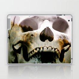Horror in the woods Laptop & iPad Skin