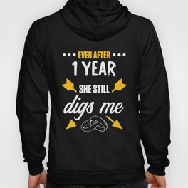 1st 1 year Wedding Anniversary Gift Dig Husband Wife design Hoody