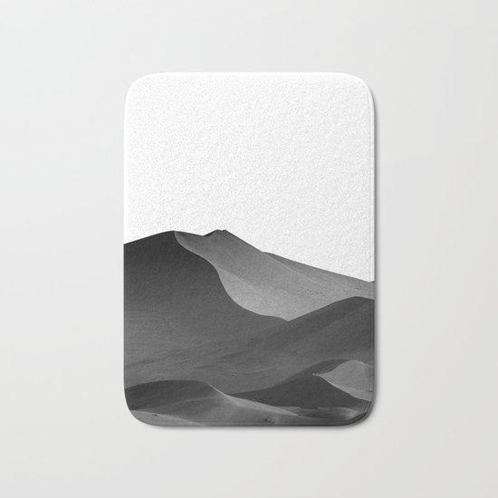 dunes(Black and white) Bath Mat