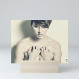 5886 Natasha Au Naturel - Boudoir Eros Studio Beauty Nude Mini Art Print