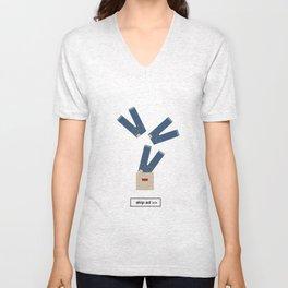 jeans ad Unisex V-Neck