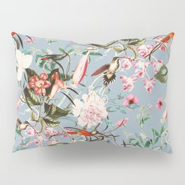 Hummingbird in vintage bloom Pillow Sham