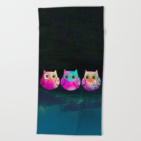 owl-29 Beach Towel