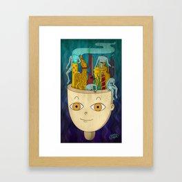 Mundo de cabeza Framed Art Print
