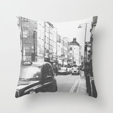 London scene Throw Pillow