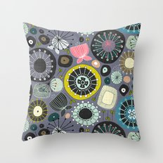 blooms amethyst Throw Pillow