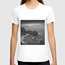 Big Sur, California Pacific Coast Highway coastal beach black and white photograph / art photography T-shirt