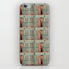 Les Volets  iPhone Skin