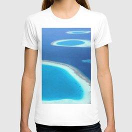 Blue Ocean White Sand Lagoons Maldives Beach T-shirt