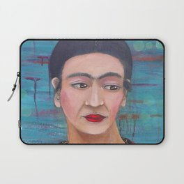 Still She Smiled Laptop Sleeve