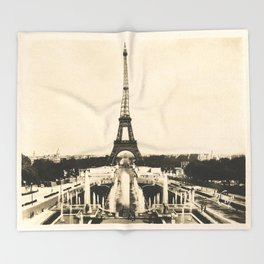Eiffel Tower - Vintage Post card Throw Blanket