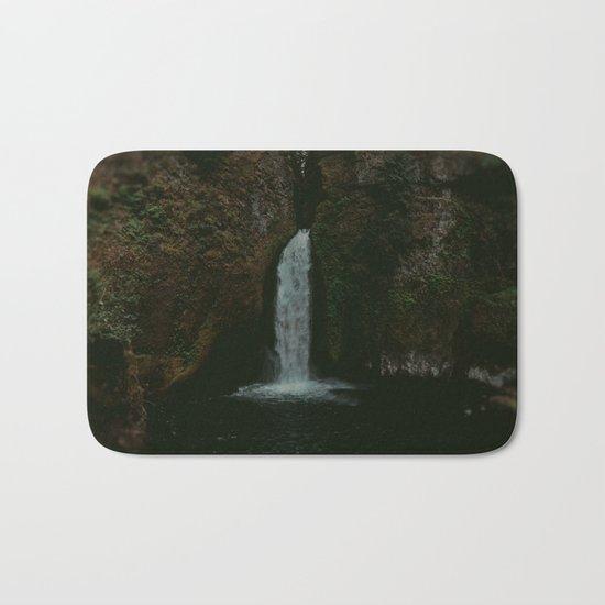 Wahclella Falls x Oregon Waterfall Bath Mat