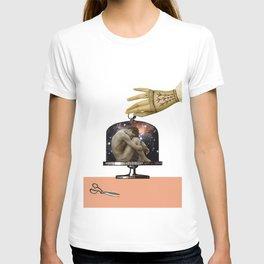 AISLAMIENTO T-shirt