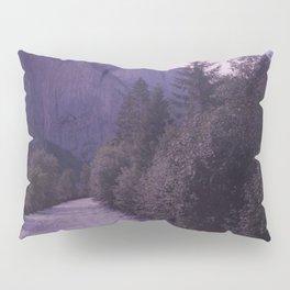 Going to the mountain Pillow Sham