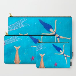 Ocean Relaxation in a Tropical Bliss Carry-All Pouch