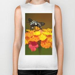 Black bee feeding on yellow flowers Biker Tank