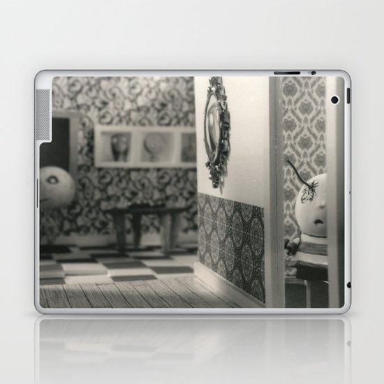 Hanging a painting fail - tim burton Laptop & iPad Skin