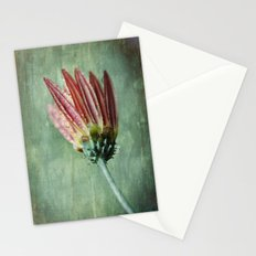 Vintage Daisy in the Rain Stationery Cards