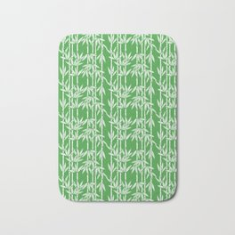 Bamboo Rainfall in Sullivan Green/White Bath Mat