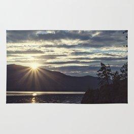 idaho lake sunset Rug