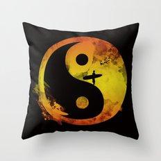 surfin v1 Throw Pillow