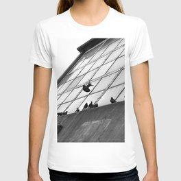 Doves on the edge T-shirt