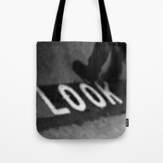 Bus lane London Tote Bag