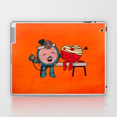Time will heal your broken heart Laptop & iPad Skin