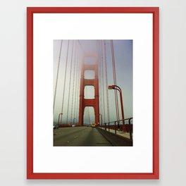 San Francisco: Golden Gate Bridge Framed Art Print