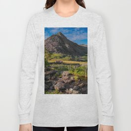 Tryfan Mountain Valley Long Sleeve T-shirt