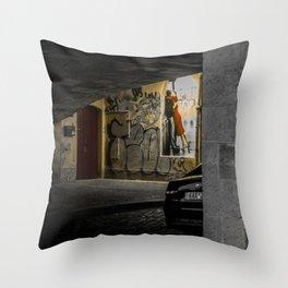 Prague street art lover's kissing at night Throw Pillow