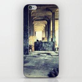 Apocalipse iPhone Skin